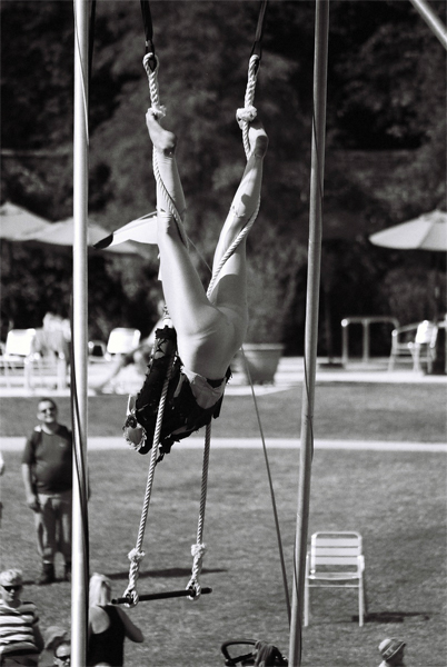 acrobat-(18)
