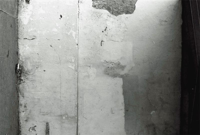 wall16